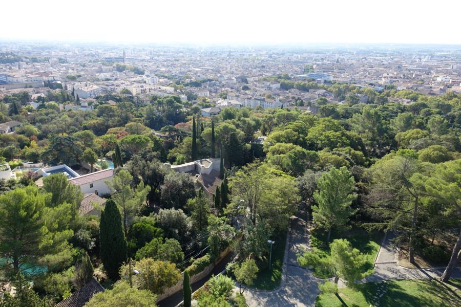Blick über Nîmes